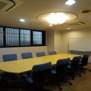 会議室10名